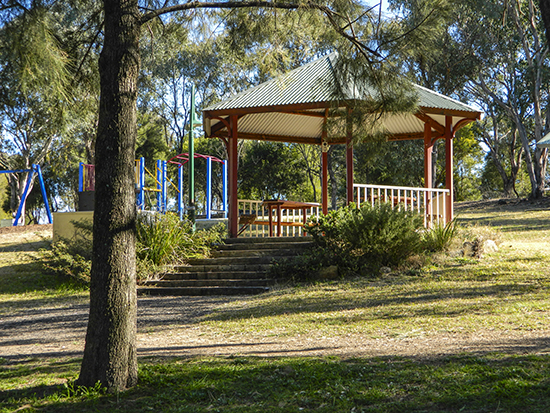 Darrel Barnes Park - Lake Inverell